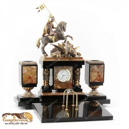"""Элитный настольный набор из камня и бронзы с часами """"Святой Георгий"""" дл.35см"""