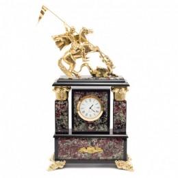 """Декоративные часы из эвдиалита """"Георгий Победоносец"""", высота 31 см"""