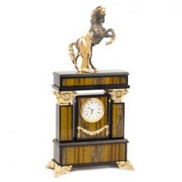 """Декоративные часы из тигрового глаза """"Боевой конь"""", высота 36 см"""