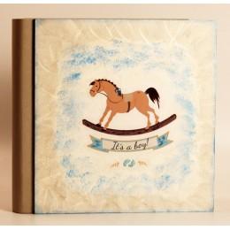 """Детский фотоальбом в подарочном кейсе """"Лошадка"""" (для мальчика) 32х31см"""