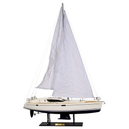 "Модель парусной яхты ""Sun Odyssey 45DS"", 77х22х109см"