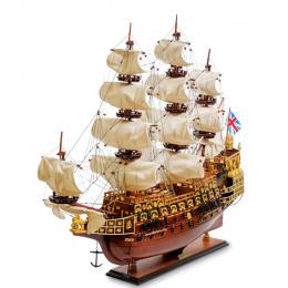 """Модель британского линейного корабля 1637г. """"Sovereign of the seas"""""""