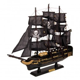 """Модель парусного корабля """"Чёрная жемчужина"""""""