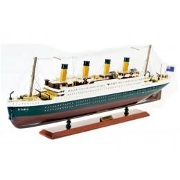 """Модель пассажирского лайнера """"Титаник"""""""