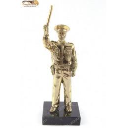 """Бронзовая статуэтка """"Инспектор ГИБДД"""" выс.17см"""