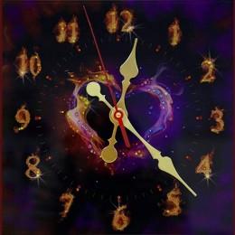 """Декоративные часы с кристаллами Swarovski """"Пламенное сердце"""""""
